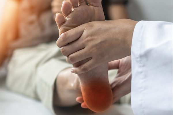 Why You Should Try Electric Therapy for Neuropathy